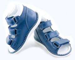 Выбрать детскую ортопедическую обувь: советы экспертов